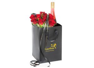 10 røde roser og cider i gavepose