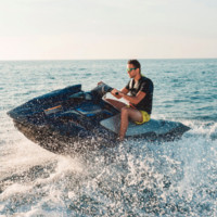 Kjøre vannscooter